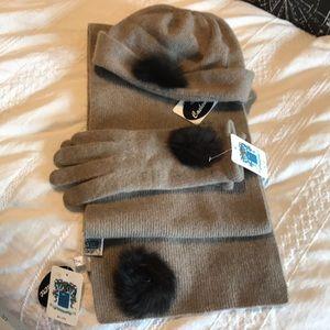 Hat glove Scarf gift set
